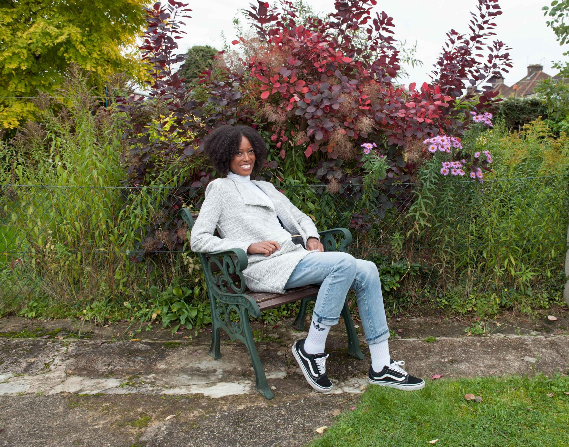 Jessica, a scleroderma patient outside